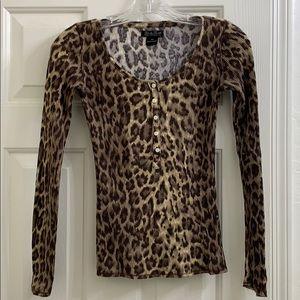 🦋 Lucky Brand Leopard Henley long sleeve sz XS